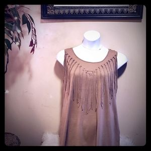 🔥BRAND NEW🔥 Gorgeous brown tank with tassels